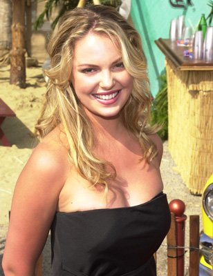 Actress Katherine Heigl attends the 2000 Teen Choice Awards in Santa Monica, ...