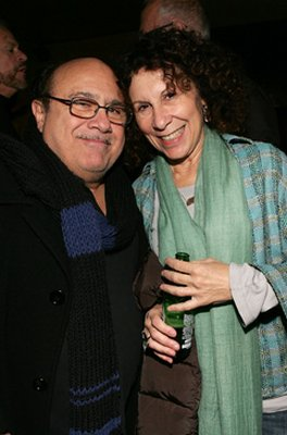 Danny DeVito & Rhea Perlman | Hollywood Marriages | Comcast.net