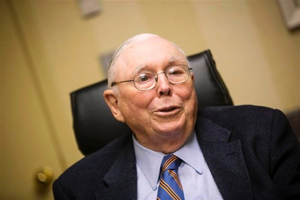 """munger single guys Poor charlie's almanack by charlie munger  """"ted williams is the only baseball player who had a 400 single  only a little bit wiser than the other guys,."""