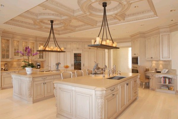 most luxurious kitchens images - reverse search