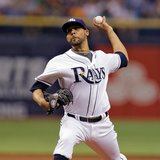 Red-hot Price tops BoSox, Rays' run at 8