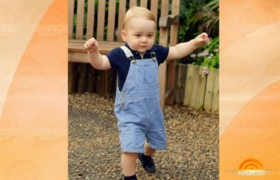 Play Pic Shows Prince George Walking Free Online