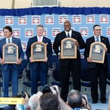 Baseball Hall enshrines 6 new members