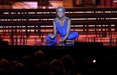 Play Miss America's Bizarre 'Talent' Free Online