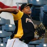 Pirates' Volquez faces Bumgarner, Giants