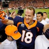 Manning sets TD mark, Broncos rip 49ers