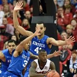 Ulis lifts No. 1 Kentucky by No. 4 Cards