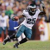Eagles deal RB McCoy for Bills LB Alonso
