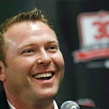 Martin Brodeur has No. 30 jersey retired by Devils