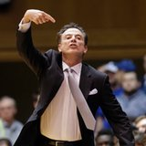Louisville's Pitino awaits NCAA interview about sex scandal