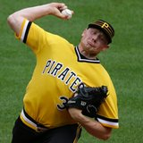 Nationals acquire Melancon from Pirates