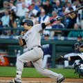New York Yankees Gary Sanchez follows through on his solo home run in the first inning of a baseball game against the Seattle Mariners, Monday, Aug. 22, 2016, in Seattle. (AP Photo/Ted S. Warren)