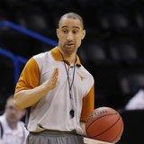 Texas basketball coach Smart gets raise, contract extension
