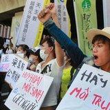 Vietnamese fishermen sue Taiwan steel firm over fish deaths