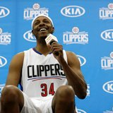 Pierce returns to Clippers for 19th and last NBA season