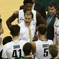 FILE - In this Feb. 7, 2016, file photo, Oregon coach Dana Altman, center, talks with his team during an NCAA college basketball game against Utah in Eugene, Ore. The Ducks look to build on their remarkable success from last season.