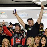 Party Time! Outlaw, Smoke, Gronk turn Daytona 500 into bash