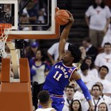 Kansas moves to No. 1 in AP poll, Villanova 2nd, UCLA 3rd