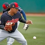 Indians Brantley takes full swings in latest comeback