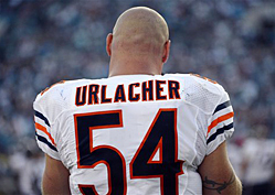 Brian Urlacher Announces Retirement