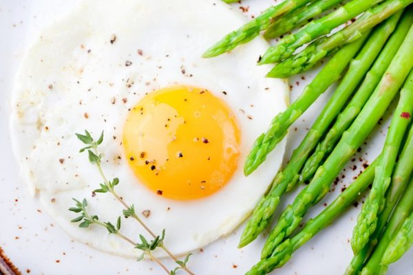 Baked Asparagus with Fried Egg and Dill | TheDailyMeal.com: One-Egg ...
